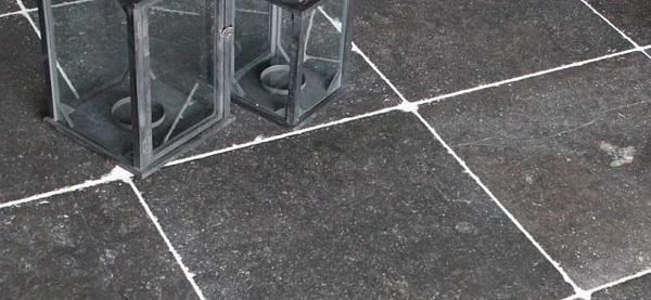 Natuursteen Buiten Tegels.Wat Is De Kostprijs Van Een Vloer In Natuursteen Tegels Dedoruin